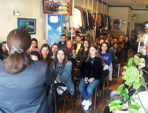 Arzu Hoca'dan Mavi At Kafe'ye anlamlı destek